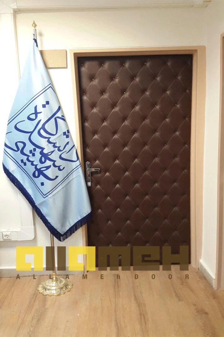 طراحی و ساخت درب های چرمی دانشگاه شهید بهشتی